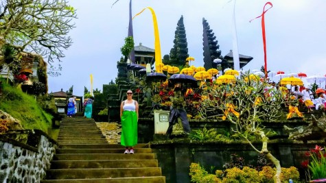 Bali Honeymoon Besakih Temple sarong