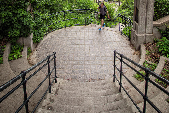 Fit Travel Guide to Toronto