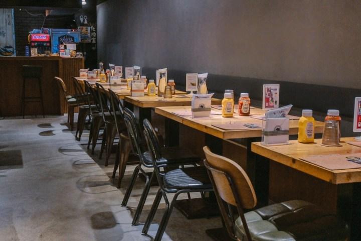 【東區美食】史丹貓美式餐廳Stan & Cat:重磅直擊,漢堡界的101高度超豪氣、邪惡系漢堡。 @女子的休假計劃