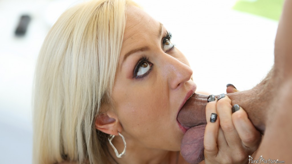 Zoey Portland in Anal Trainer on Pure Mature