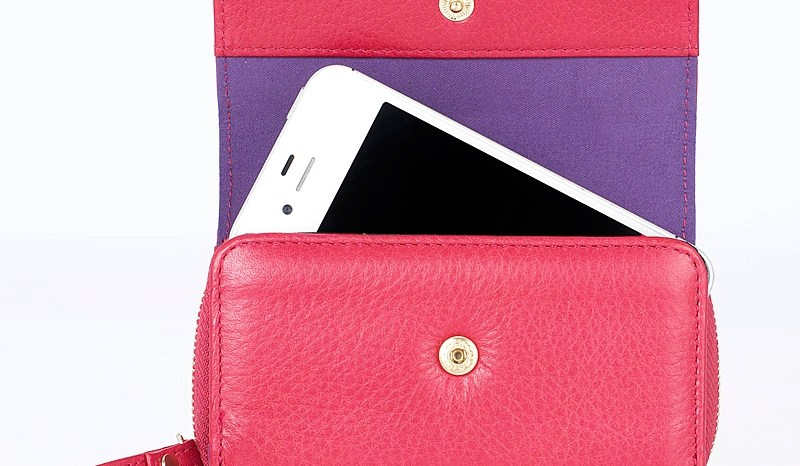 Xmas List – Knomo London iPhone Leather Purse and Quilted Cable Pouch