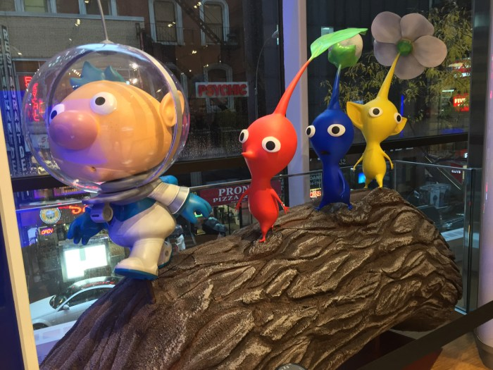 Pikmin statue at the Nintendo World Store in NYC © Leah Jewer / Girls on Games