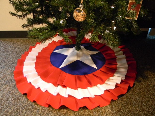 Captain America Tree Skirt Tutorial by With Our Power Combined