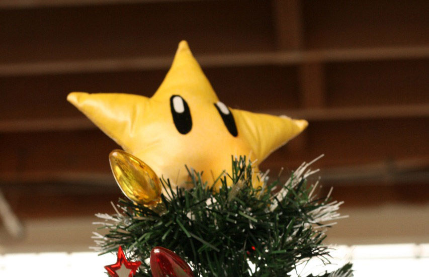 Mario Starman Tree Topper by scoochmaroo