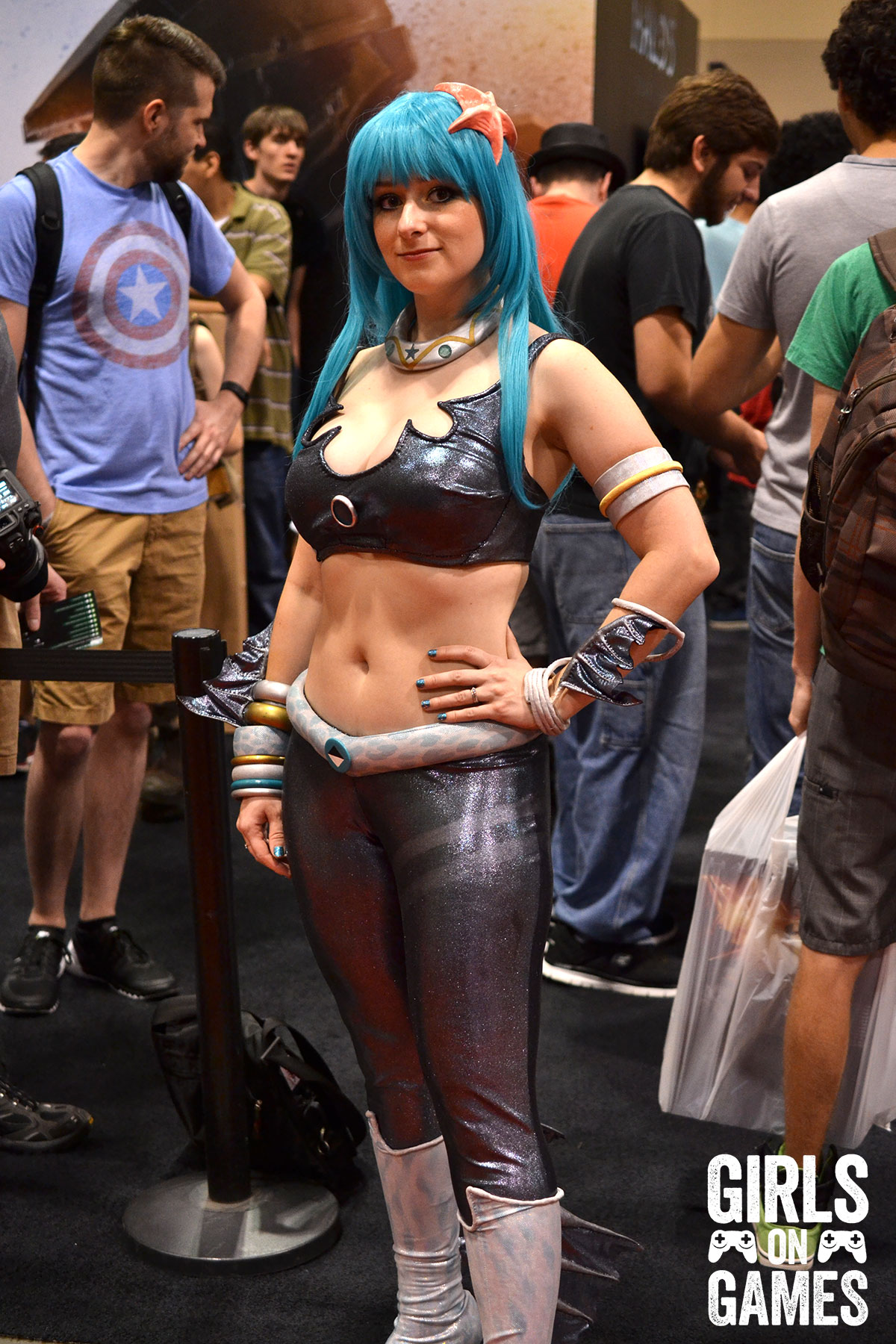 AndrAIa (ReBoot) cosplay at Fan Expo 2015.