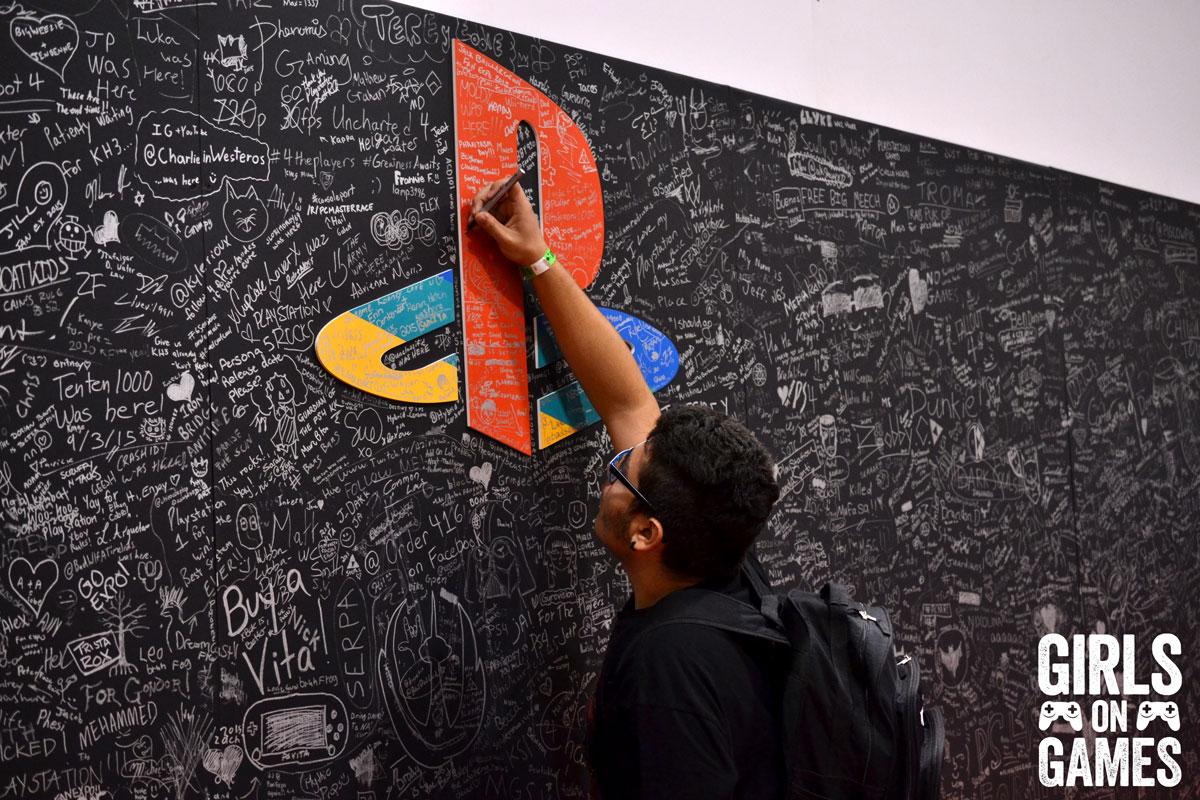 PlayStation signature wall at Fan Expo 2015