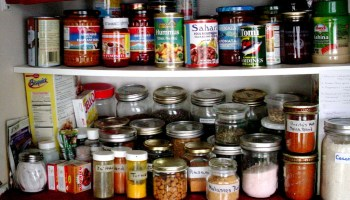 Prepper Food: Stocking Up at a LDS Home Storage Center - A