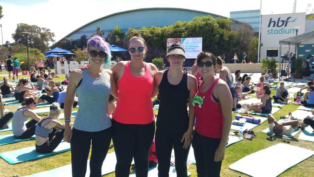group of girls at Free fitness classes healthy fit travelling