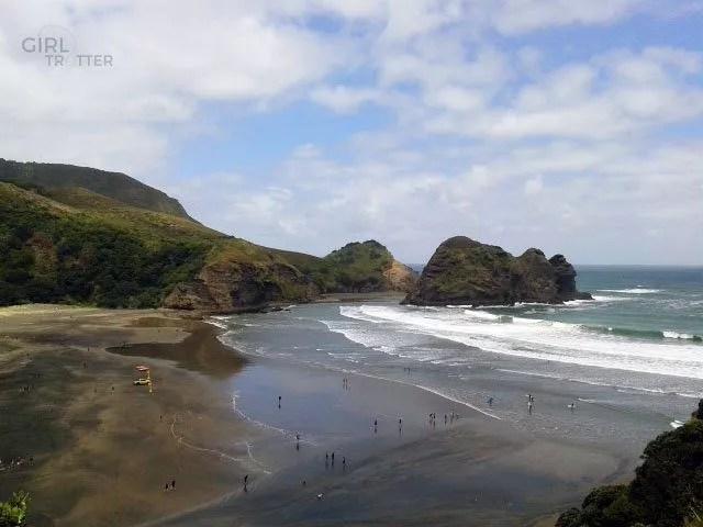 Piha Beach, plage proche d'Auckland en Nouvelle Zélande - Girltrotter