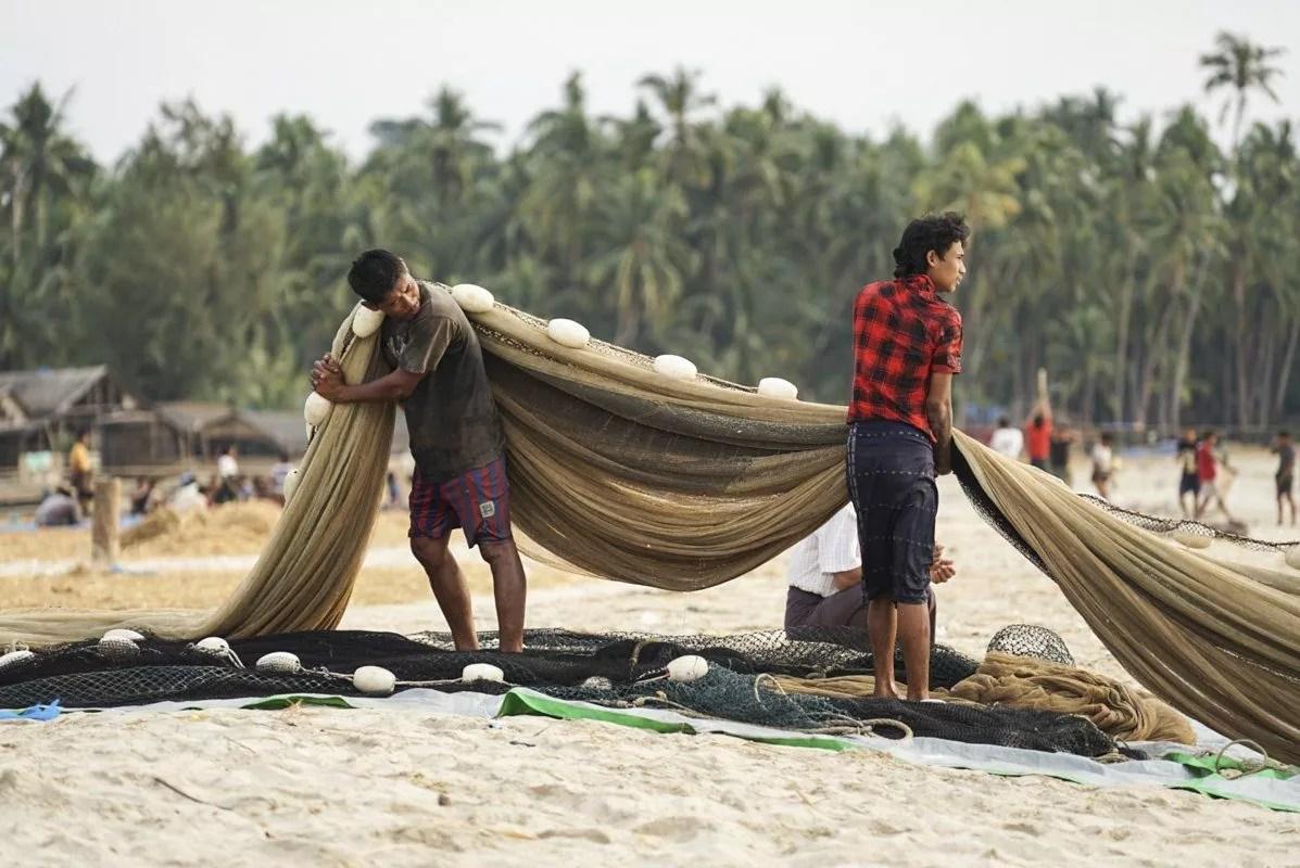 Ngapali village de pêcheurs au Myanmar ex Birmanie