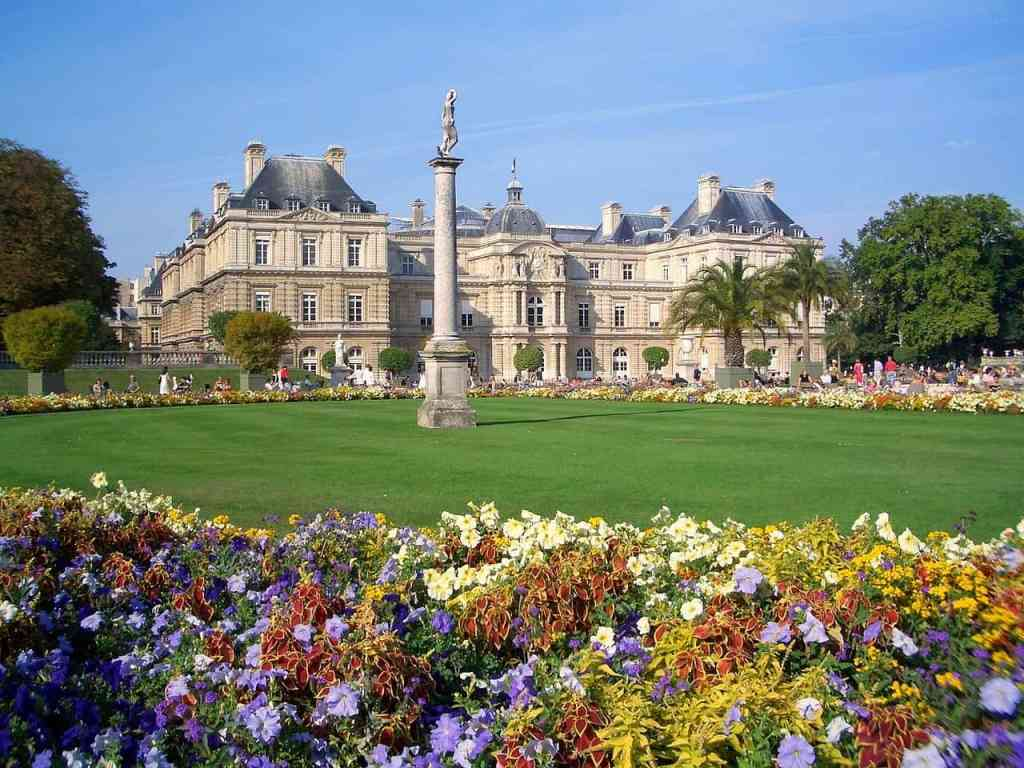 Jardin du Luxembourg  surrounded by the colorful flowers of spring.