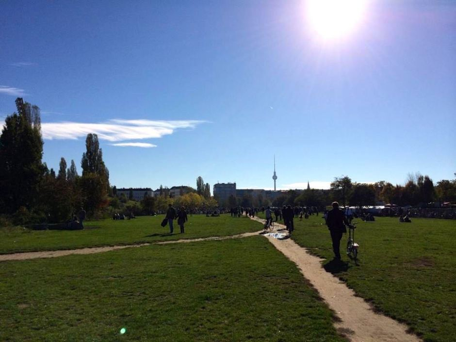 mauerpark sunday berlin