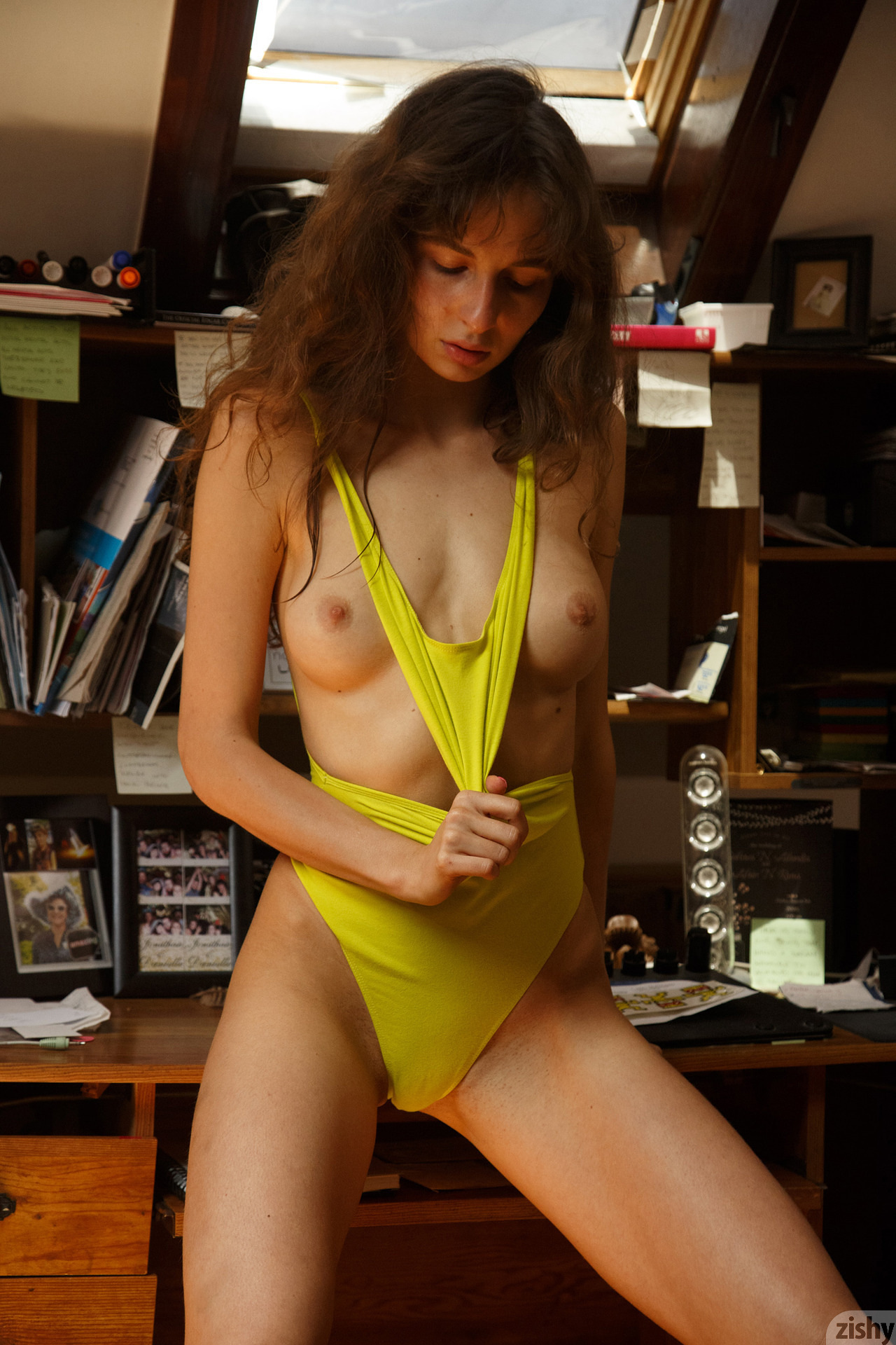 Zishy Vivi Kuanas Topless  GirlzNationcom
