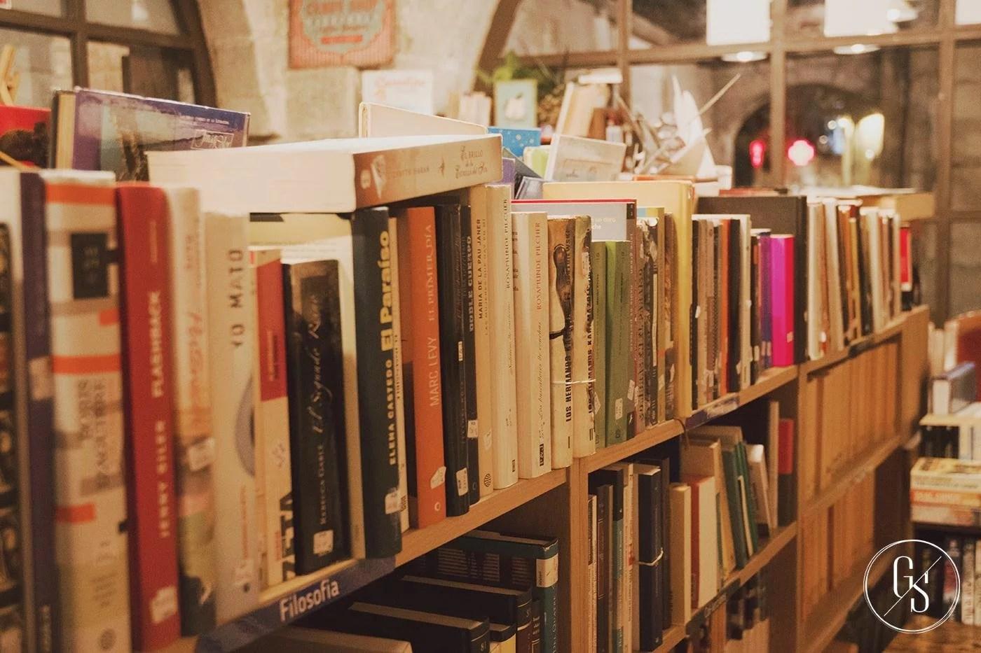 Sweet Books Shop