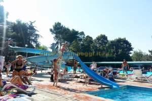 Campeggio Italgest - La Piscina con gli Acquascivoli