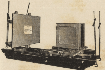 Swing base and copy board form Photo-mechanical processes : a practical guide to photo-zincography, photo-lithography, and collotype (1897)