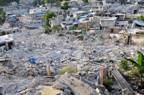 Saving lives after disasters like the Haitian earthquake is the focus of Thomas Oomen's remote-imaging research.