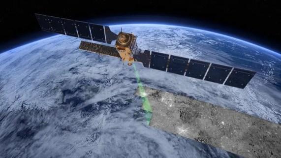 Earth observation satellite Sentinel-1. Credit: DLR