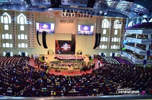 Twitter Influencer, Wale Gates Trolls Newly Unveiled Deeper Life Bible Church Auditorium