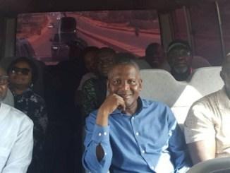 Billionaire, Femi Otedola Enjoys Sunday Bus Ride With Governor Ambode And Aliko Dangote [Photos]