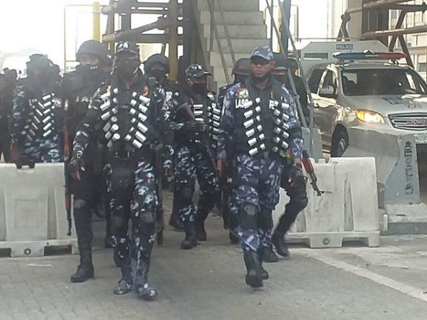 Breaking: More Police in Full Riot Gear Storm Lekki Toll Gate (Video)