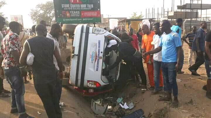[Photos]Peter Obi escapes death after fatal clash between PDP and APC supporters