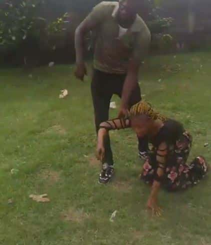 Video: Man beats up his girlfriend for dumping him after he paid N20k for her school fees 6