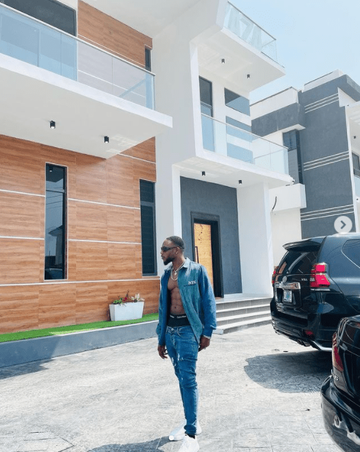 LAX buys house in Lagos