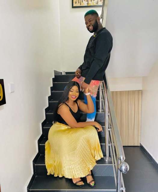 Singer, Skales ties the knot with his fiancée, Hasanity (Video)