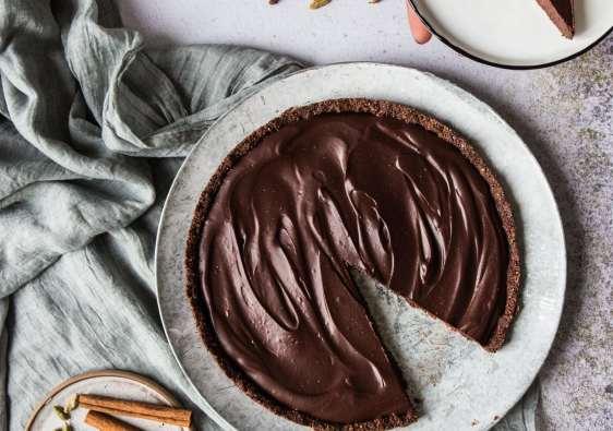 vegan chocolate tart coconut milk