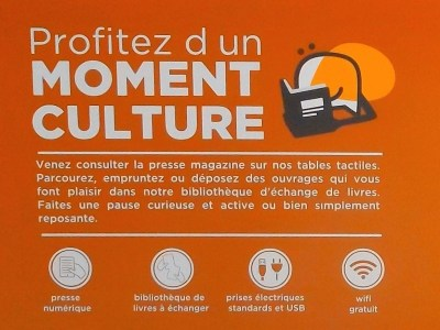 Shop and read – French version of shopping mall services