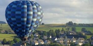 vol en montgolfiere auvergne