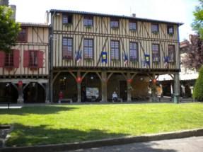 Demeures-médiévales-à-colombages