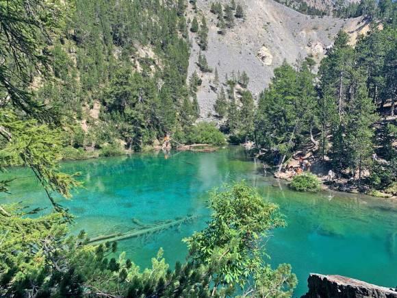 Il lago verde di Bardonecchia è uno dei laghi alpini del Piemonte