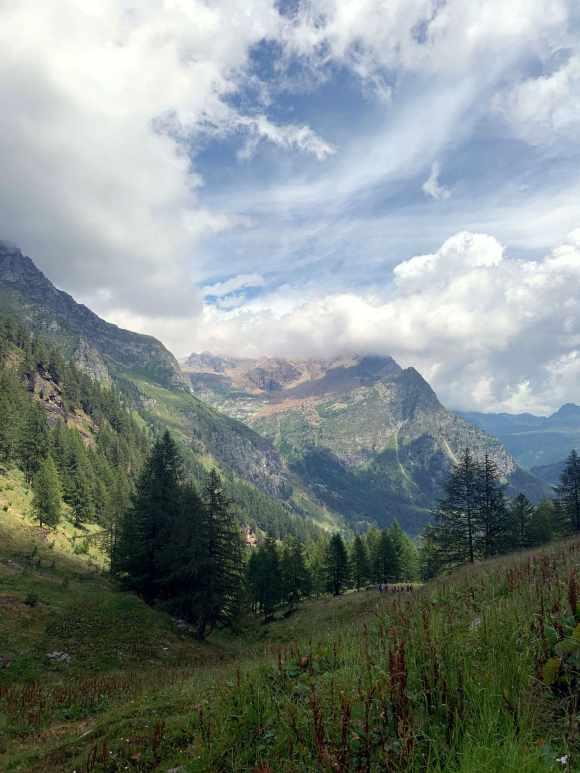 vista sulla valle nei pressi di Alpe Misanco