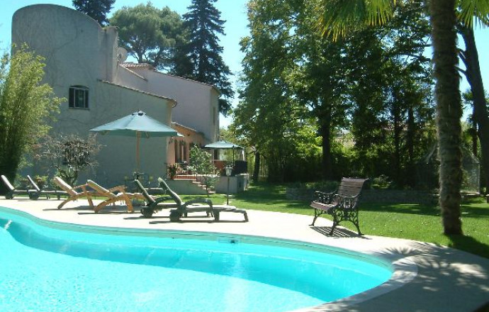 Chambre dhtes n84G1509  Valreas  Vaucluse