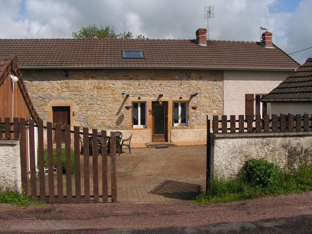 Chambre Dhtes N2439 Paray Le Monial Sane Et Loire