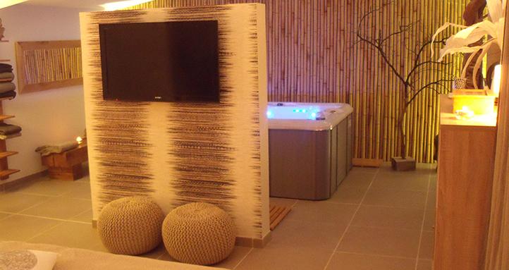 Le Carpe Noctem est une chambre avec jacuzzi ideal pour passer un moment en amoureux