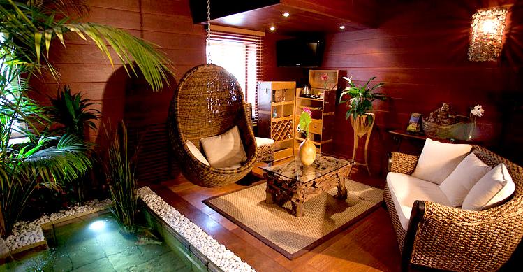 L Indonesienne chambre avec jacuzzi