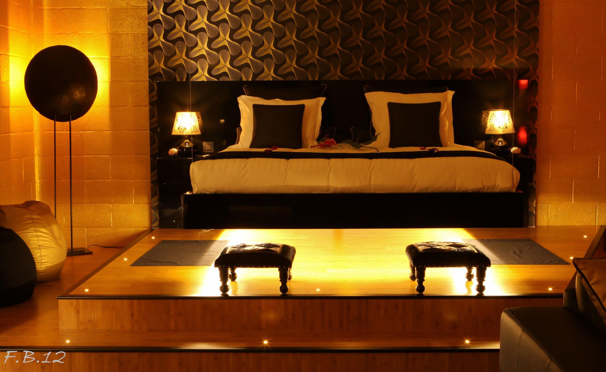 Le loft gate one chambre avec jacuzzi et sauna infrarouge ideal pour passer un moment  2 en