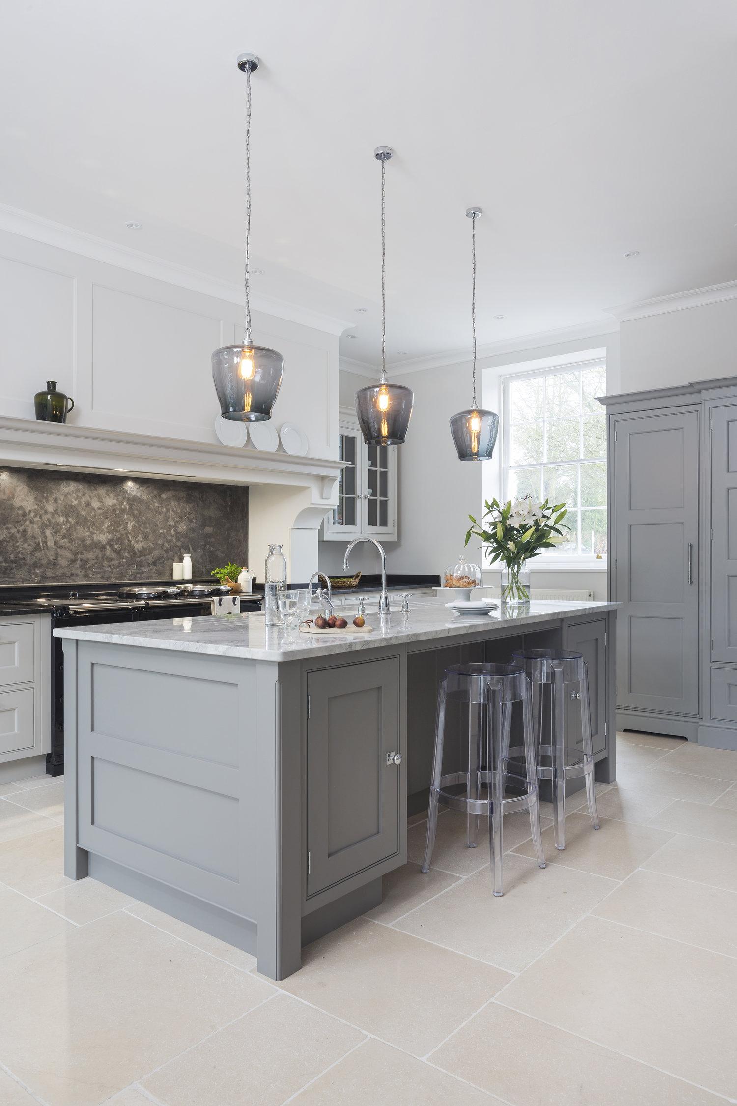Lights for elegant interiors pendant