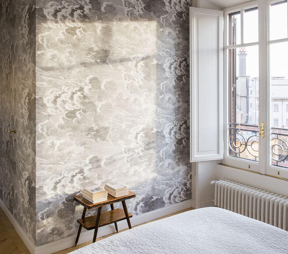 da applicare sulla parete dietro il letto o a 360°, per un effetto scrigno. 5 Modi Per Trasformare La Camera Da Letto Con La Carta Da Parati Giulia Grillo Architetto Art Home