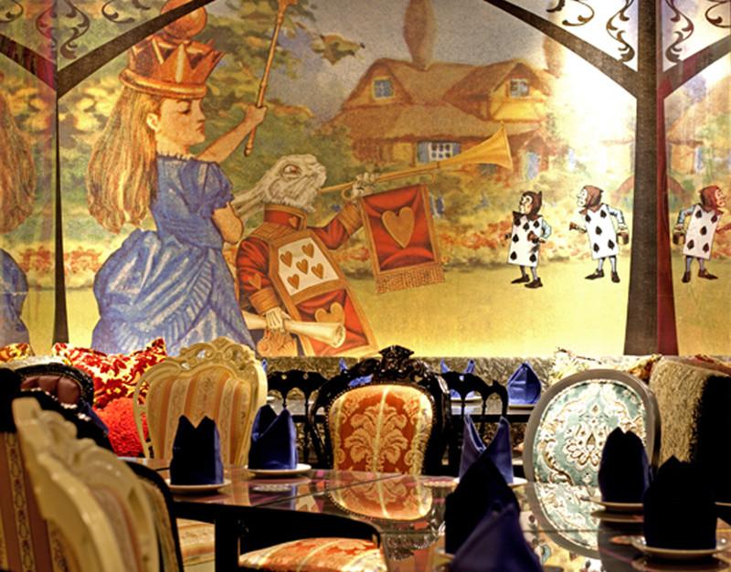 La sala di Alice in a Fantasy Book a Shinjuku