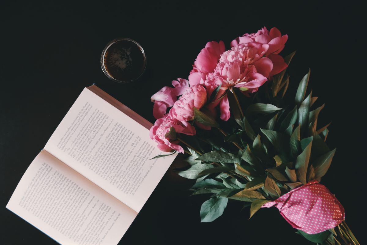 Pinkpride – Io leggo rosa (e mi rilasso)