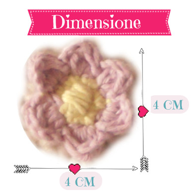 Foto: dimensione del fiorellino all'uncinetto