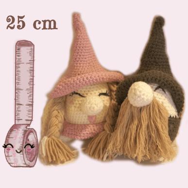 altezza-gnomi-pinky-brown-amigurumi
