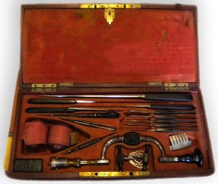 Giuseppe Basile i suoi strumenti chirurgici