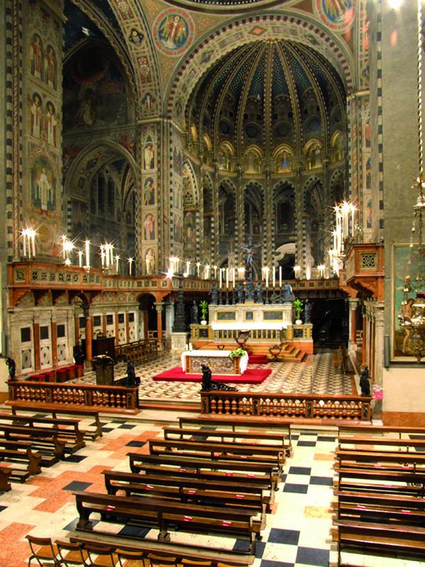 L'Altare della basilica del Santo