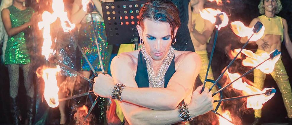 Al Pride Village le arti circensi di Simon The Prince