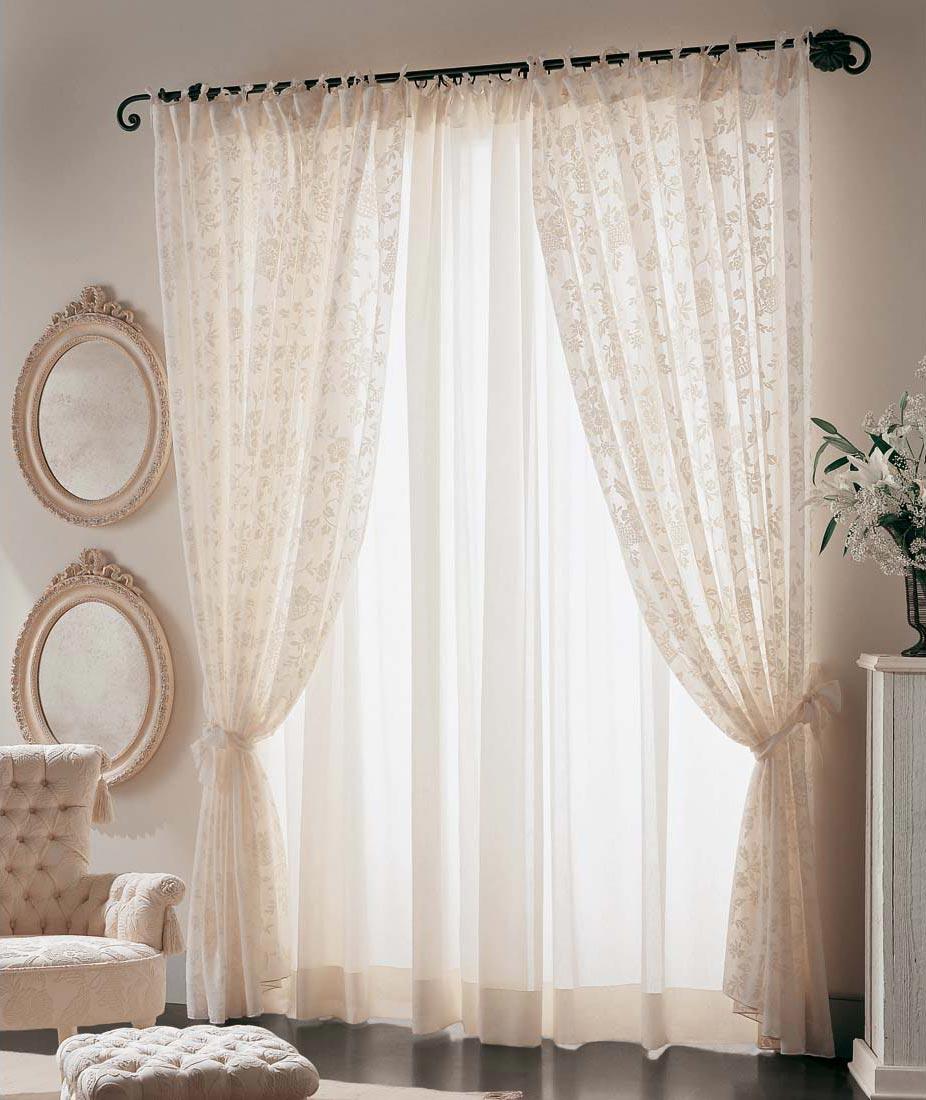 Le tende Arredamento classico camere classiche letti in